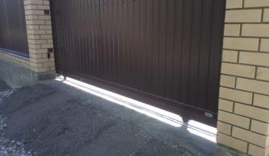 2 Рельсовые откатные ворота